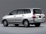 Toyota Innova 2011 wallpapers