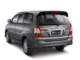 Toyota Kijang Innova 2013 photos