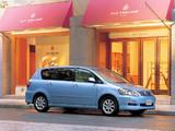 Pictures of Toyota Ipsum (ACM20W) 2003–09