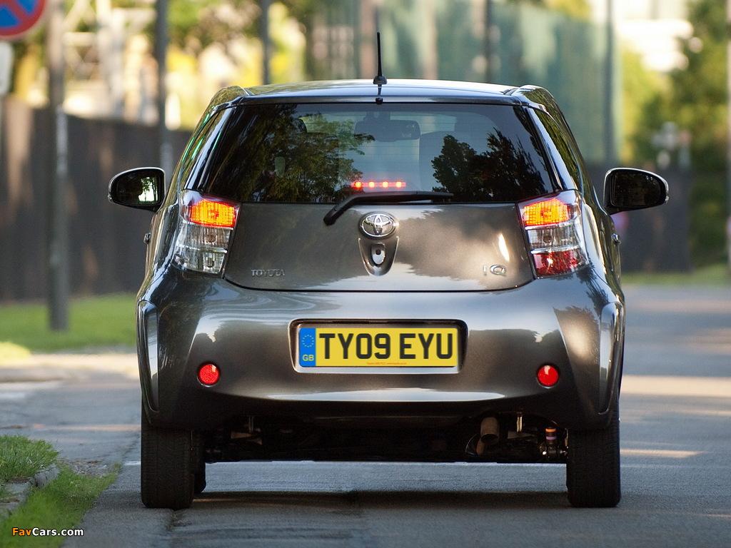 Toyota iQ UK-spec (KGJ10) 2009 photos (1024 x 768)