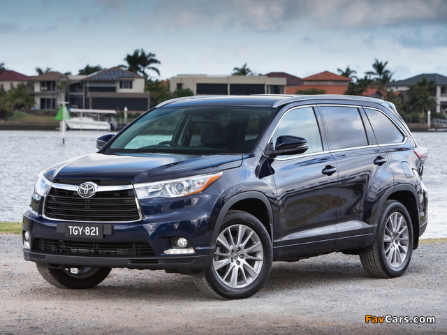 Pictures of Toyota Kluger 2014 (640 x 480)