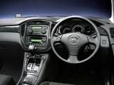 Toyota Kluger V 2000–03 photos