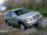 Toyota Kluger AU-spec 2003–07 pictures