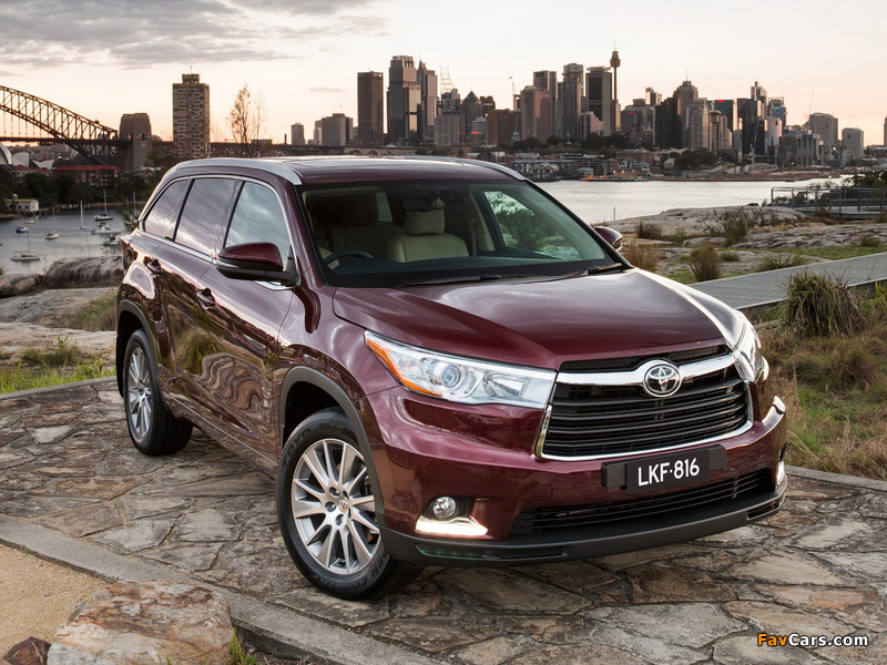Toyota Kluger 2014 images (800 x 600)
