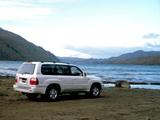 Toyota Land Cruiser Cygnus (UZJ100W) 1998–2003 pictures