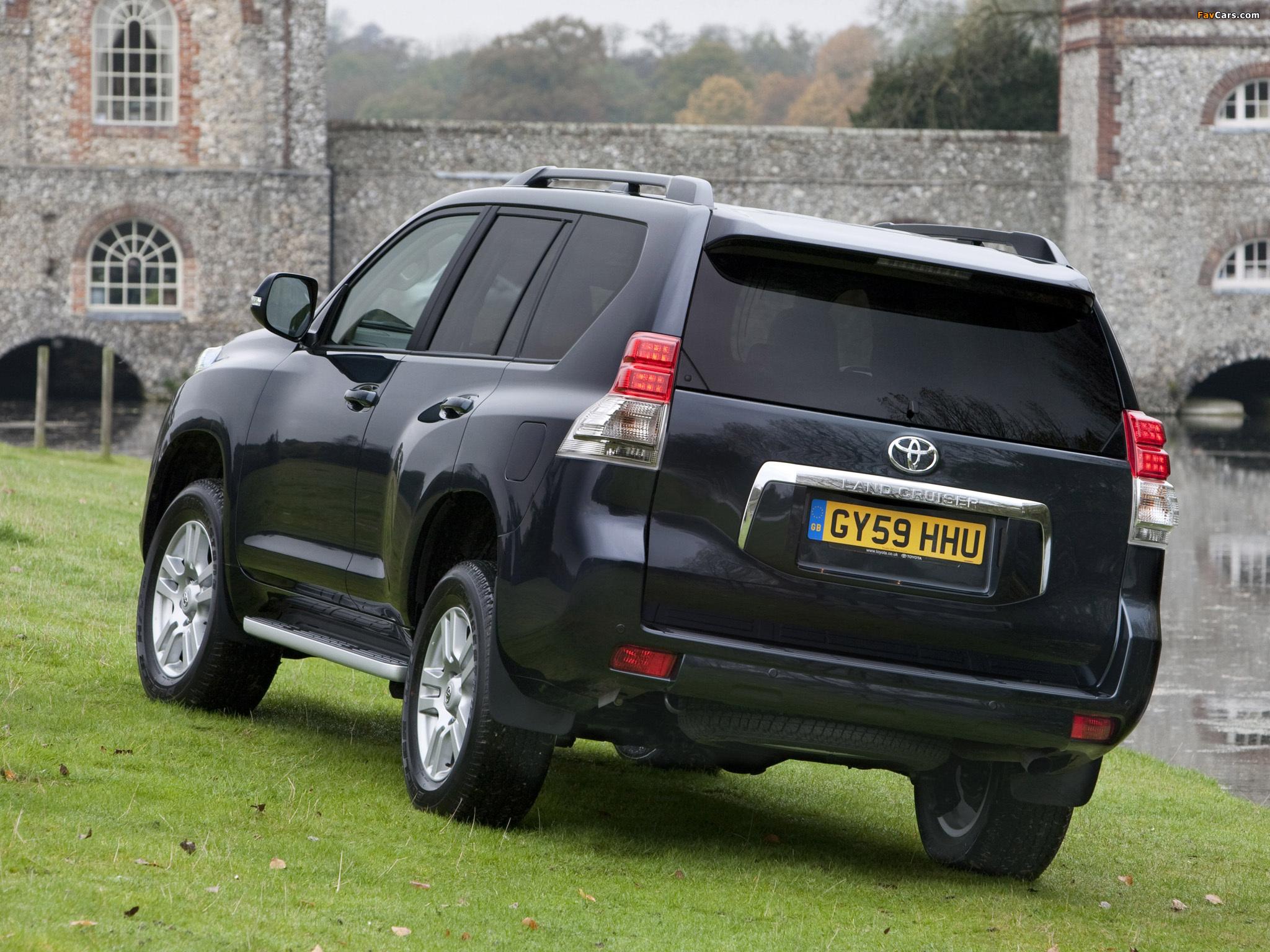 Toyota Land Cruiser Prado внедорожник купить в Германии