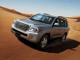 Photos of Toyota Land Cruiser 200 VX-R UAE-spec (UZJ200) 2012