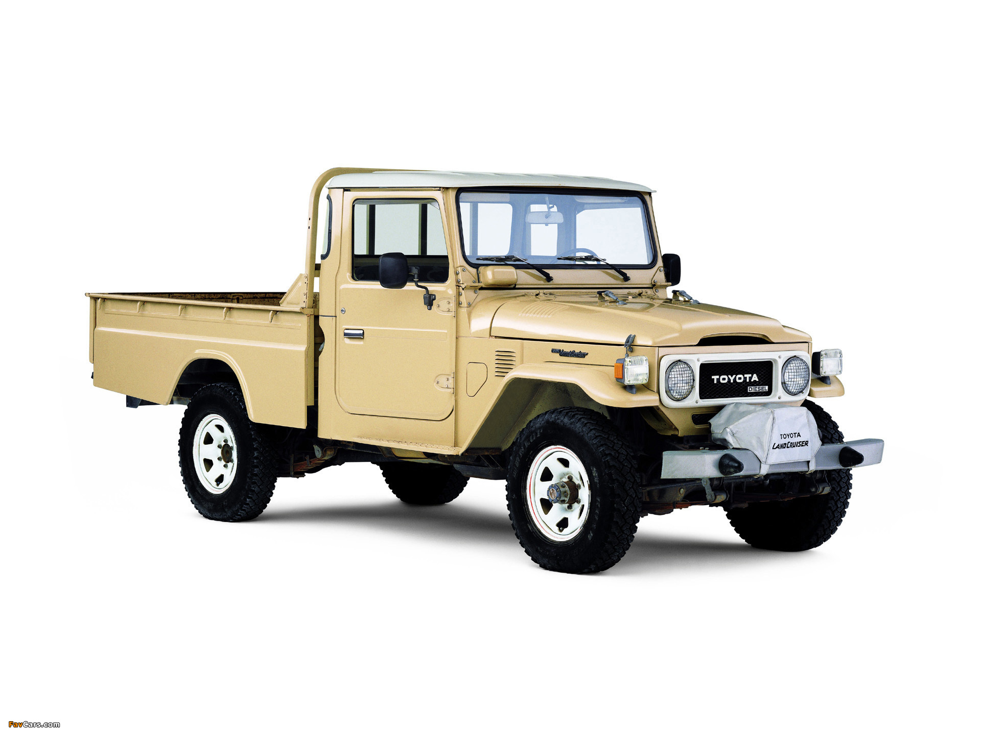 Land Rover Defender Vs Toyota Land Cruiser Pictures as well Customize likewise Vehicle together with Roofrack also 8013510355. on toyota cruiser