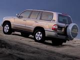 Toyota Land Cruiser 100 VX-R UAE-spec (J100-101) 2005–07 images