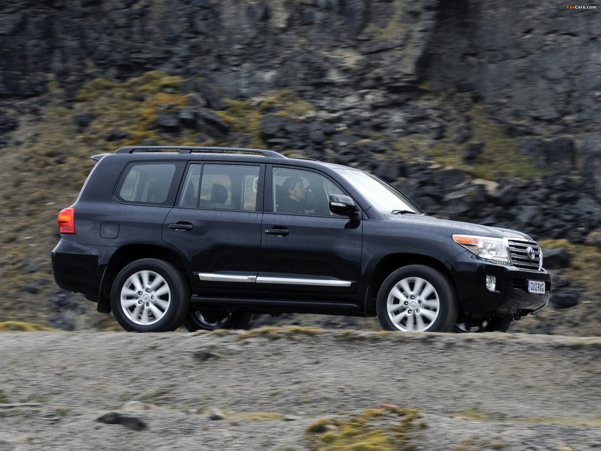Toyota Land Cruiser V8 Uk Spec Vdj200 2012 Wallpapers