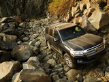 Toyota Land Cruiser US-spec (URJ200) 2015 images