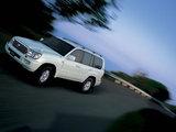 Toyota Land Cruiser 100 Van VX JP-spec (J100-101) 2002–05 wallpapers