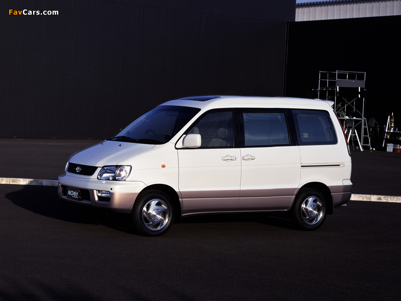 Toyota LiteAce Noah 2WD (R40G) 1996 photos (800 x 600)