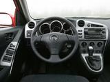 Toyota Matrix 2002–08 images
