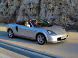 Toyota MR2 Roadster 1999–2002 images