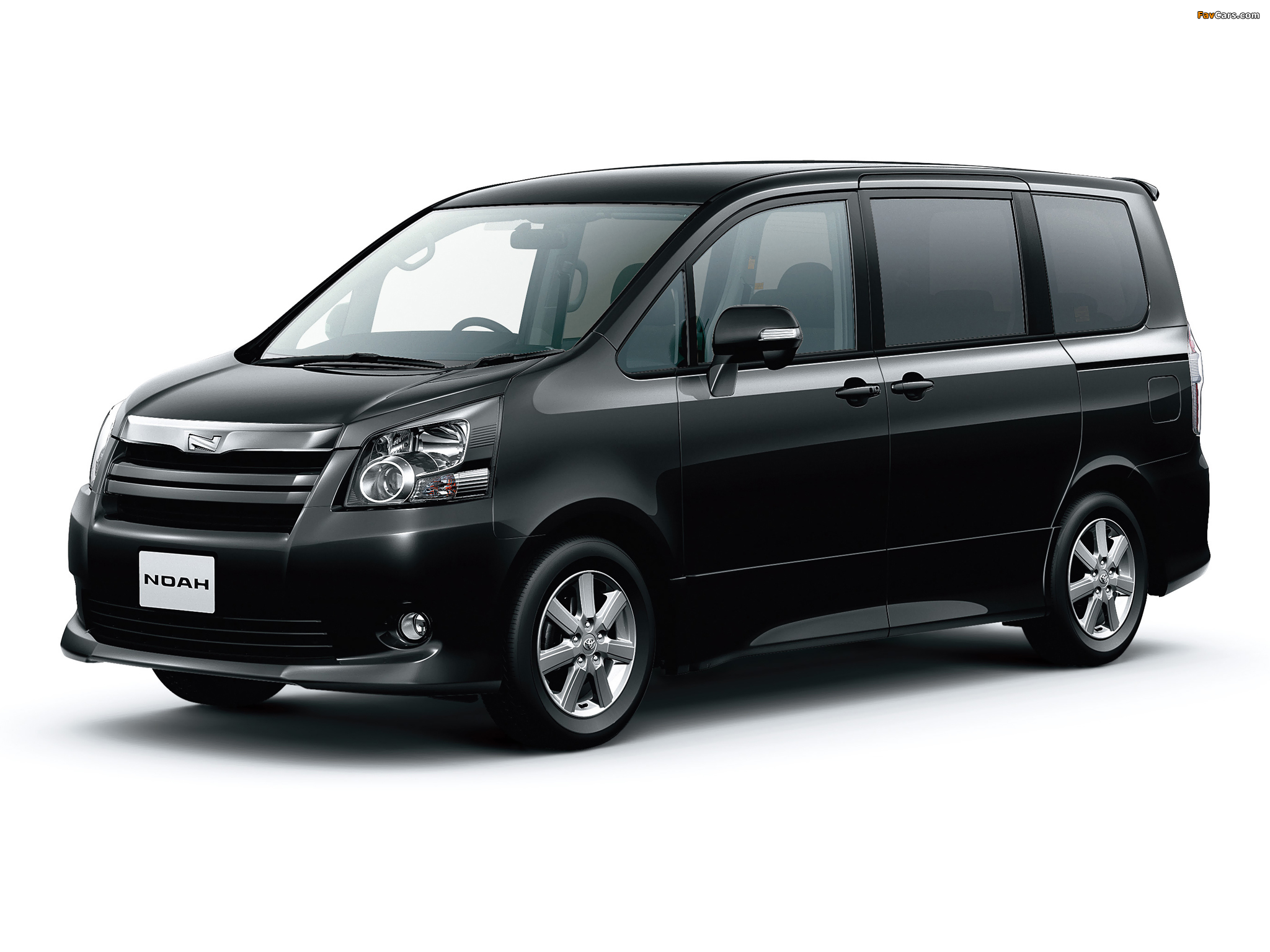 Toyota Noah Si 2007 photos (2048 x 1536)