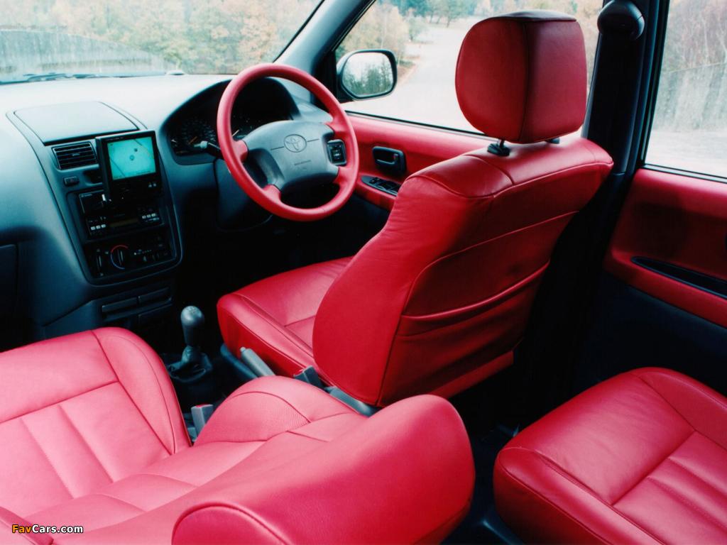 Photos of Toyota Picnic Sport UK-spec 1996–2001 (1024 x 768)