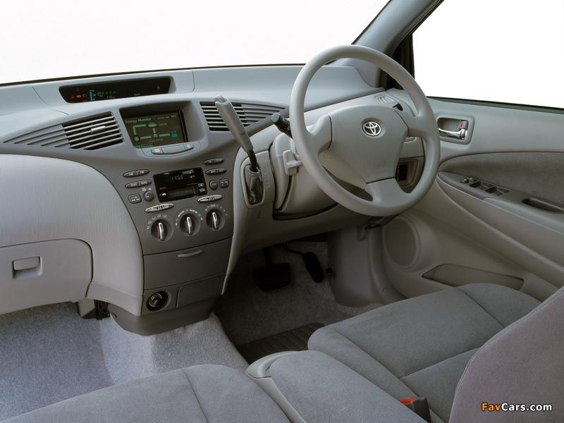 Images of Toyota Prius AU-spec (NHW11) 2001–03 (800 x 600)