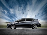 Images of Toyota Prius PLUS Performance Package (ZVW30) 2011