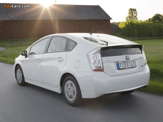 Photos of Toyota Prius (ZVW30) 2009–11 (640 x 480)