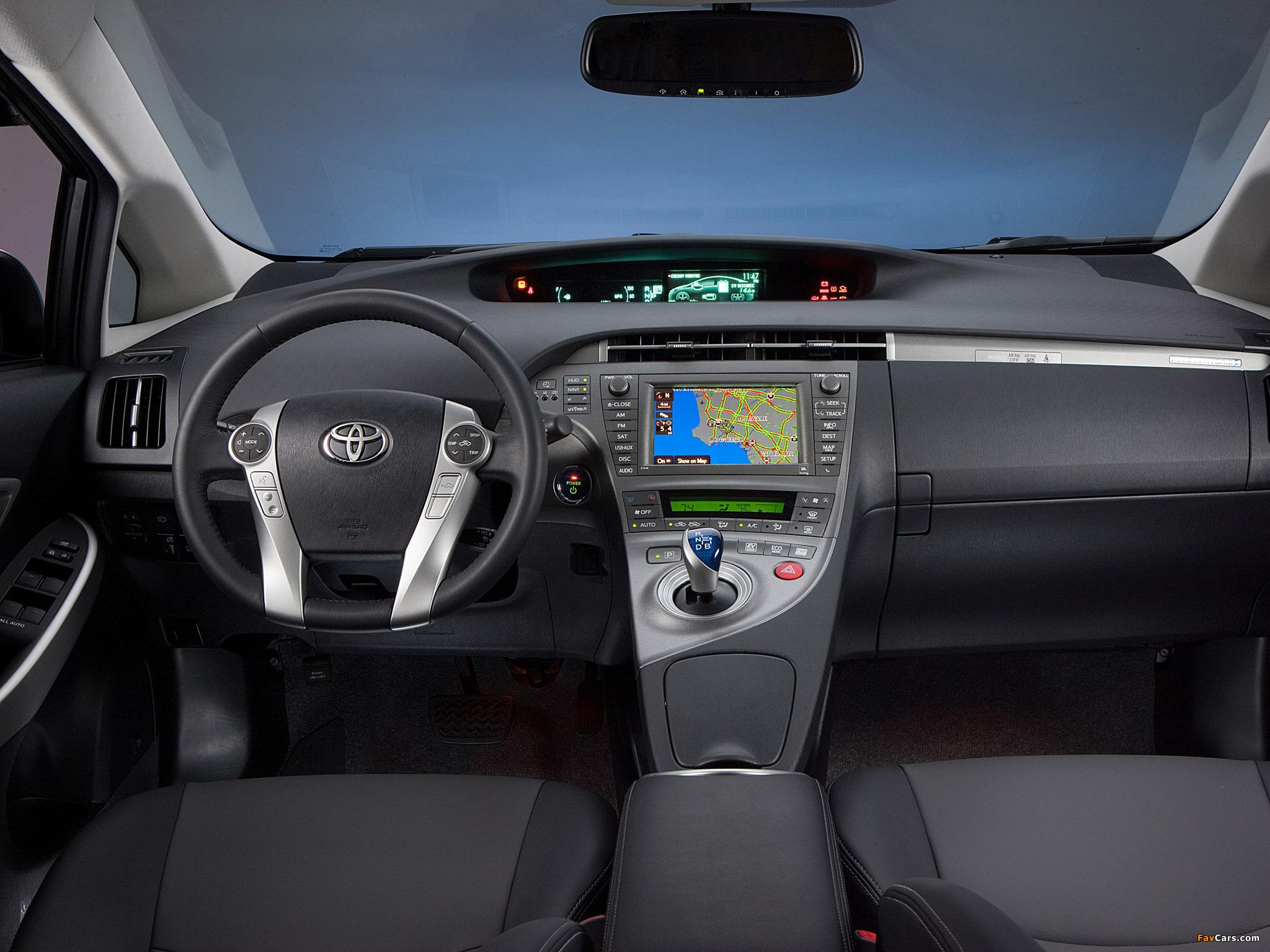Photos of Toyota Prius Plug-In Hybrid US-spec (ZVW35) 2011 (2048 x 1536)
