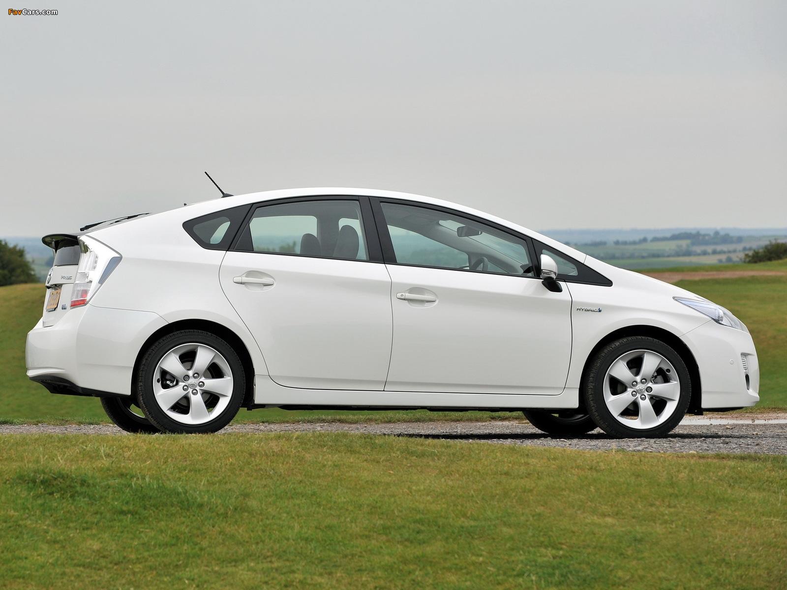 Pictures of Toyota Prius UK-spec (ZVW30) 2009–11 (1600 x 1200)