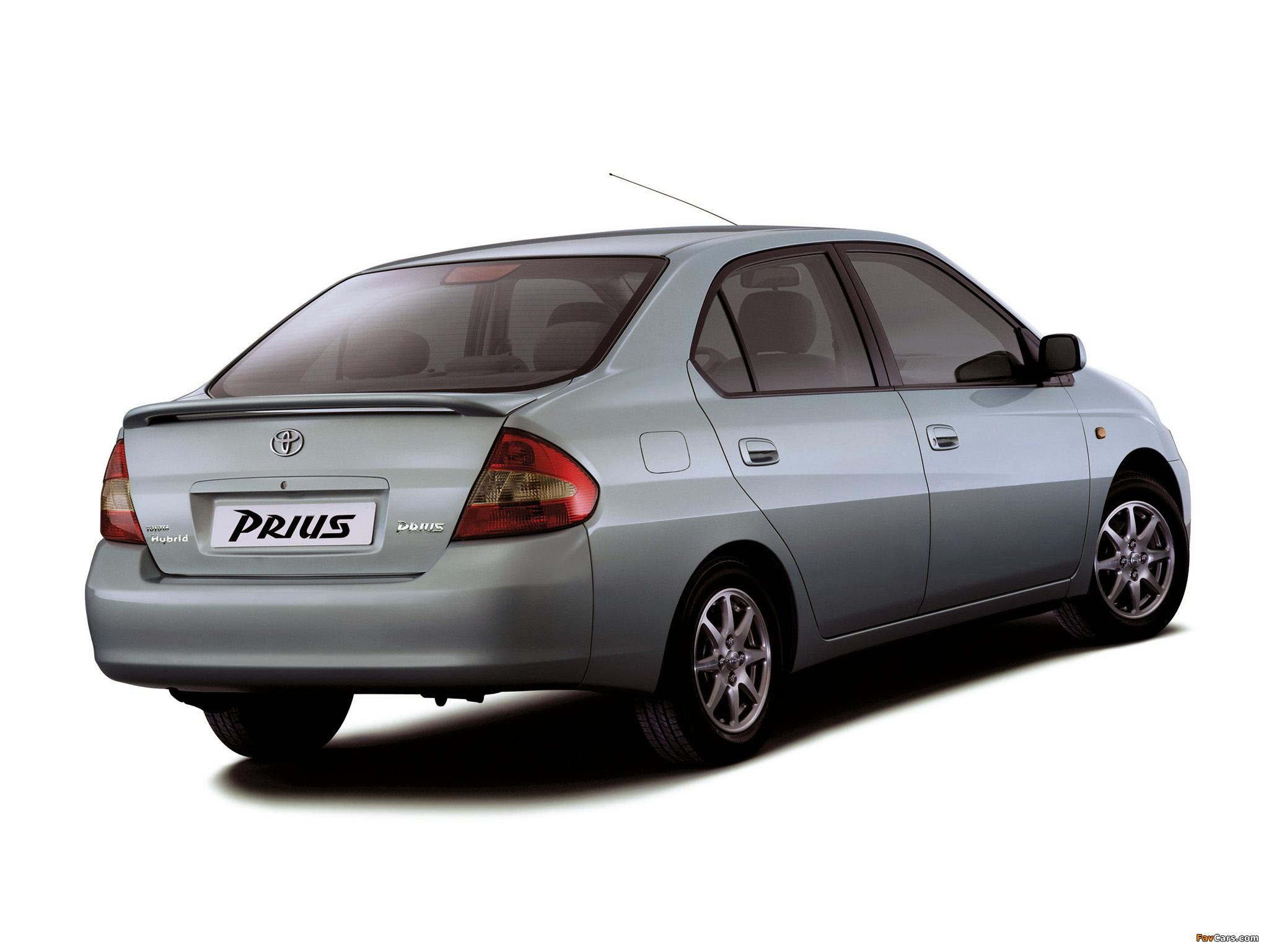 Тест-драйвы и статьи о Toyota Prius