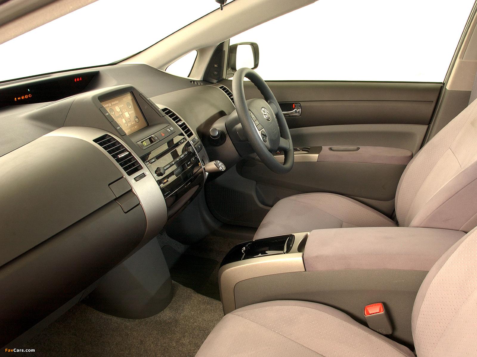 Toyota Prius ZA-spec (NHW20) 2003–09 images (1600 x 1200)