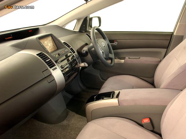 Toyota Prius ZA-spec (NHW20) 2003–09 images (640 x 480)