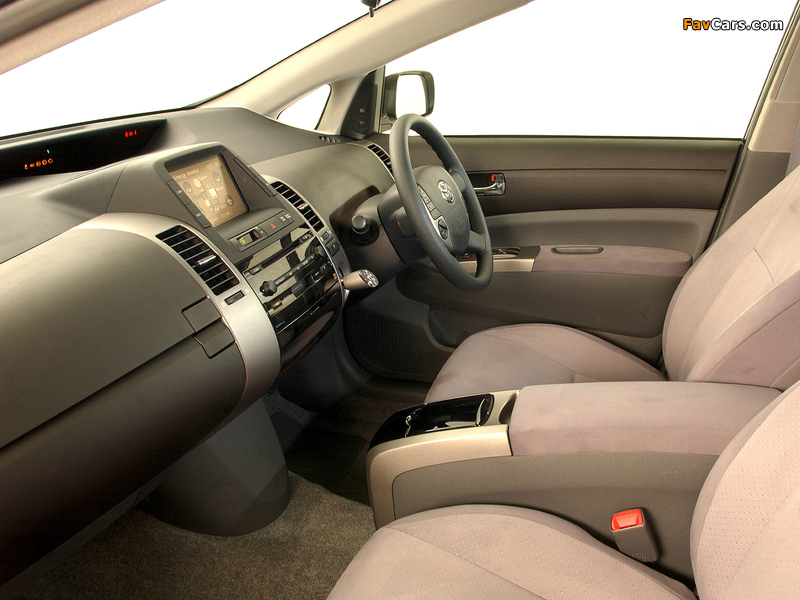 Toyota Prius ZA-spec (NHW20) 2003–09 images (800 x 600)