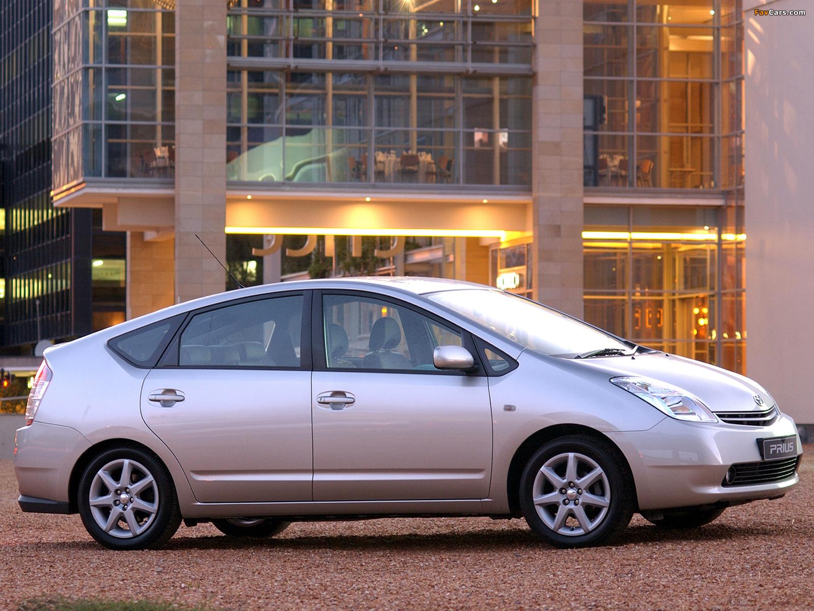Toyota Prius ZA-spec (NHW20) 2003–09 pictures (1600 x 1200)