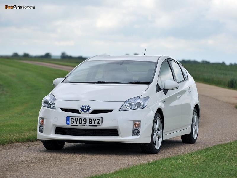 Toyota Prius UK-spec (ZVW30) 2009–11 photos (800 x 600)