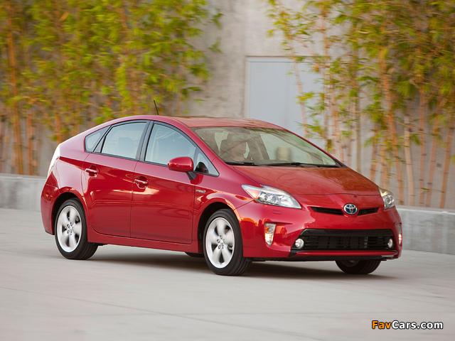 Toyota Prius US-spec (ZVW30) 2011 photos (640 x 480)