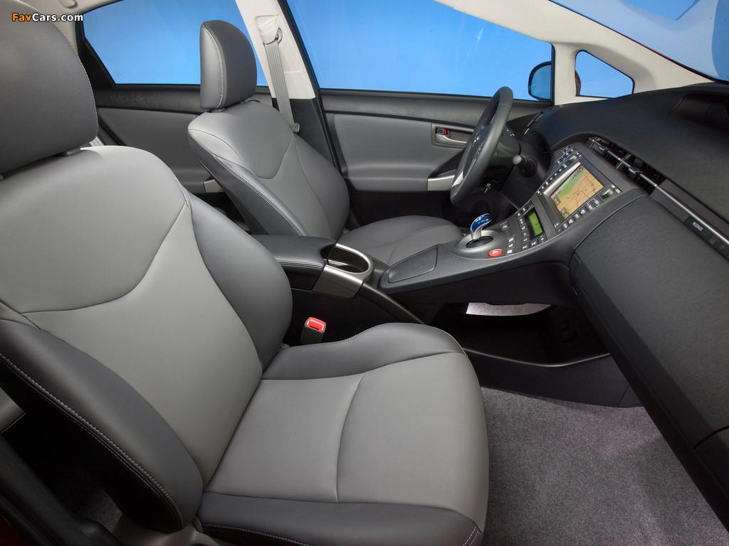 Toyota Prius US-spec (ZVW30) 2011 wallpapers (1024 x 768)
