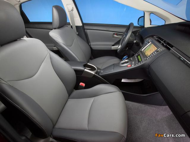 Toyota Prius US-spec (ZVW30) 2011 wallpapers (640 x 480)