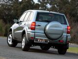 Images of Toyota RAV4 5-door ZA-spec 2003–05