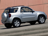 Images of Toyota RAV4 3-door 2003–05