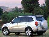 Images of Toyota RAV4 US-spec 2003–05