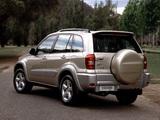 Images of Toyota RAV4 Cruiser 5-door AU-spec 2003–05