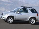 Pictures of Toyota RAV4 3-door UK-spec 2003–05