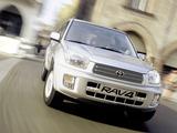 Toyota RAV4 5-door 2000–03 photos