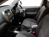 Toyota RAV4 5-door ZA-spec 2003–05 photos
