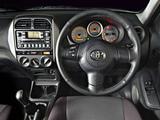 Toyota RAV4 3-door ZA-spec 2003–05 pictures