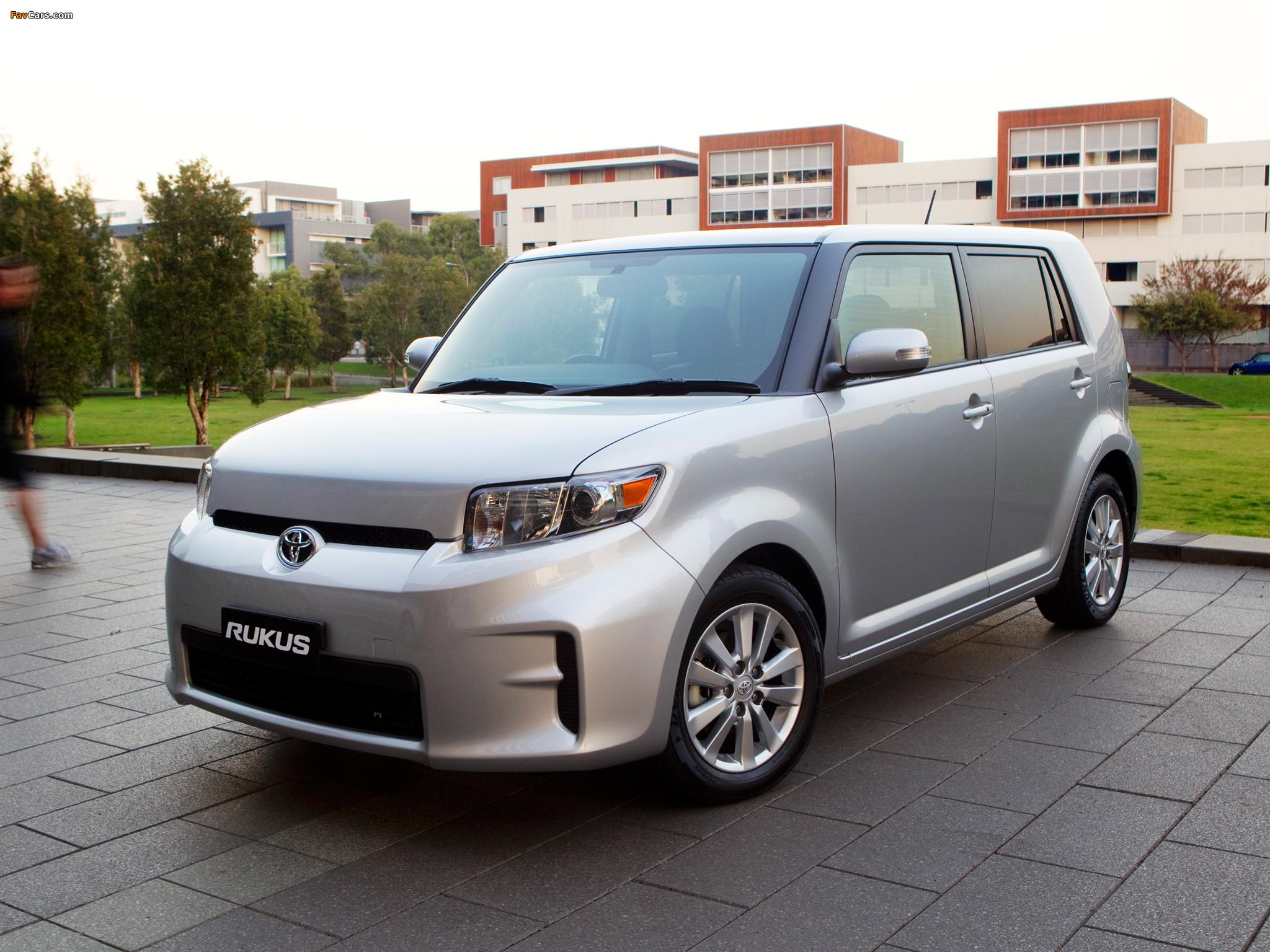 Toyota Rukus 2010 images (2048 x 1536)