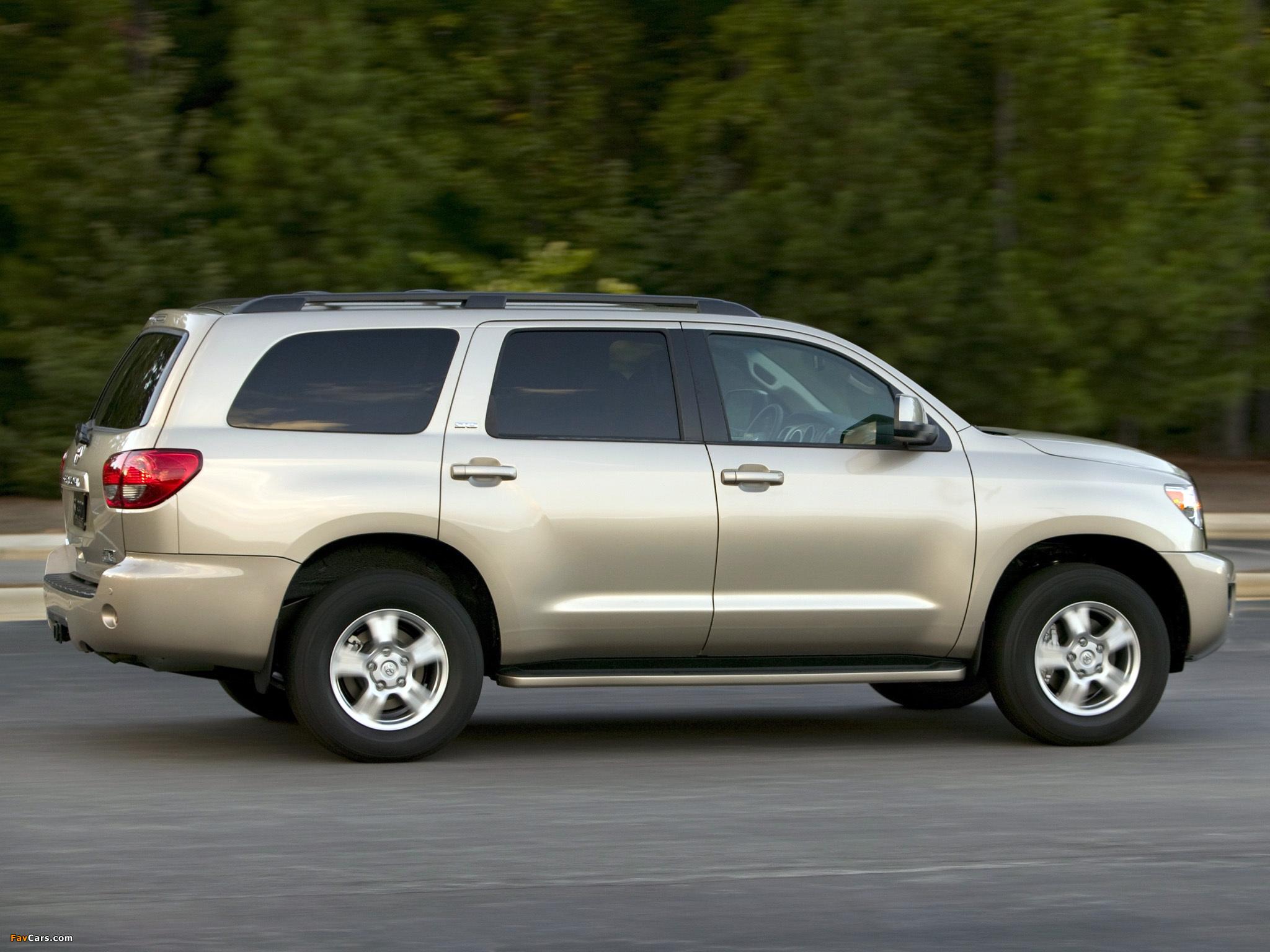 Images of Toyota Sequoia SR5 2007 (2048 x 1536)