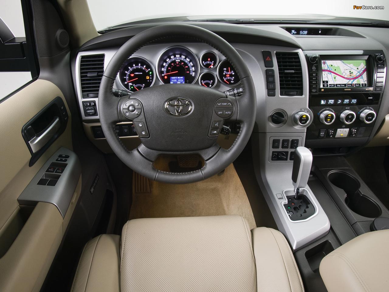 Photos of Toyota Sequoia Platinum 2007–2017 (1280 x 960)