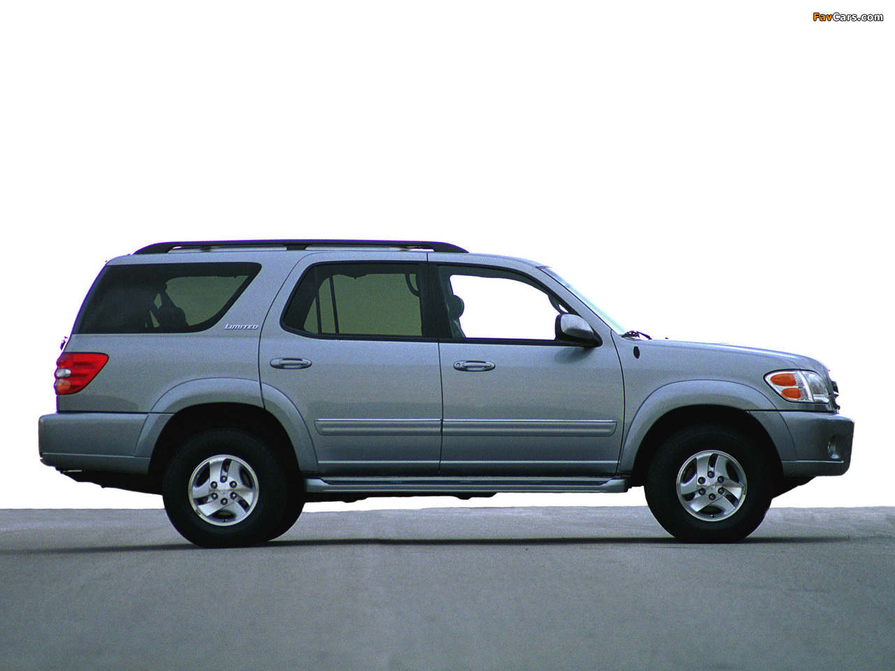 Pictures of Toyota Sequoia Limited 2000–05 (1280 x 960)