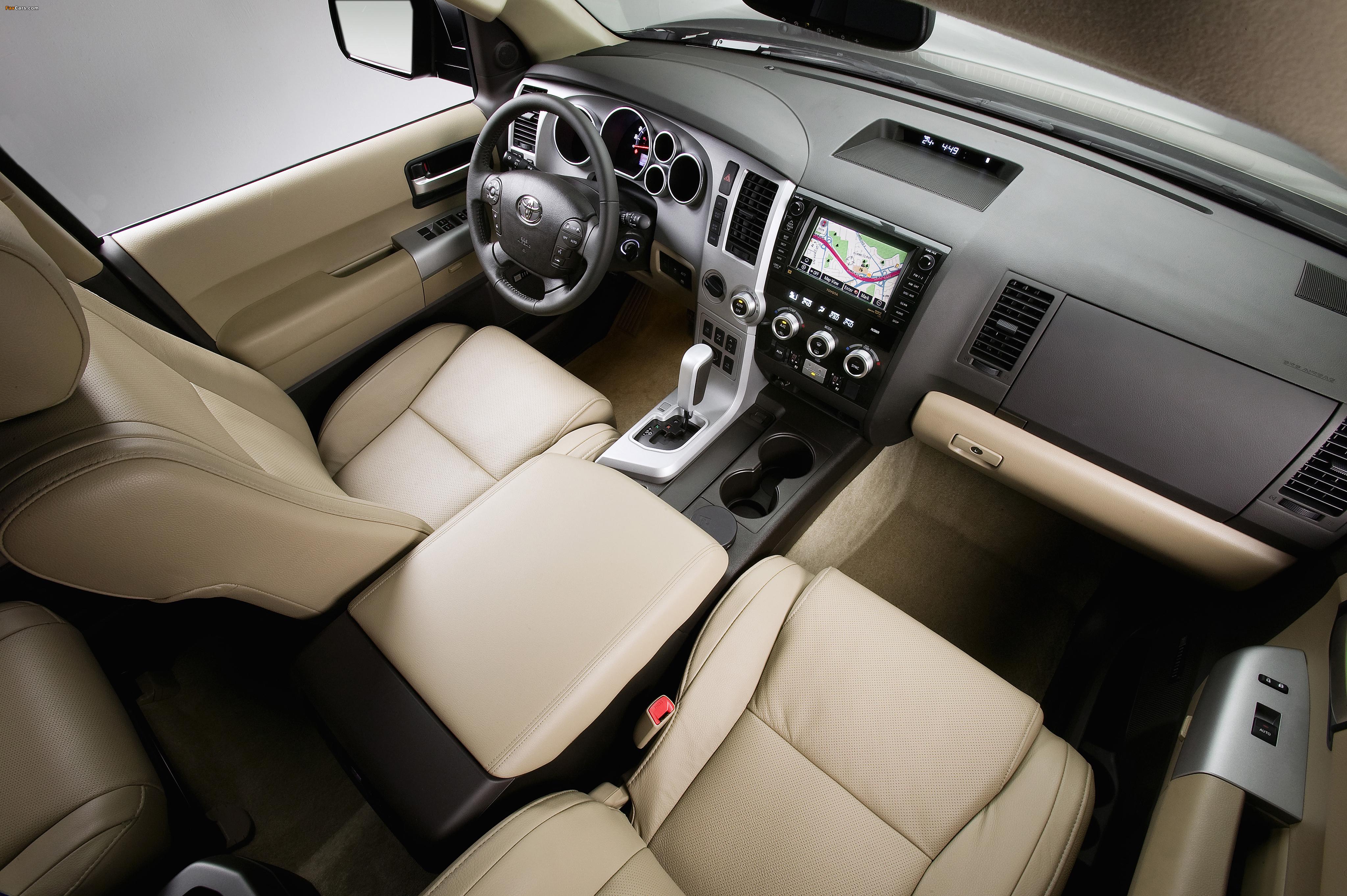 Toyota Sequoia Platinum 2007–2017 pictures (4096 x 2725)