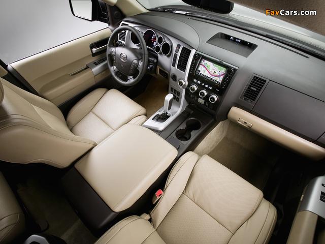 Toyota Sequoia Platinum 2007–2017 pictures (640 x 480)