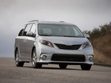 Photos of Toyota Sienna SE 2010